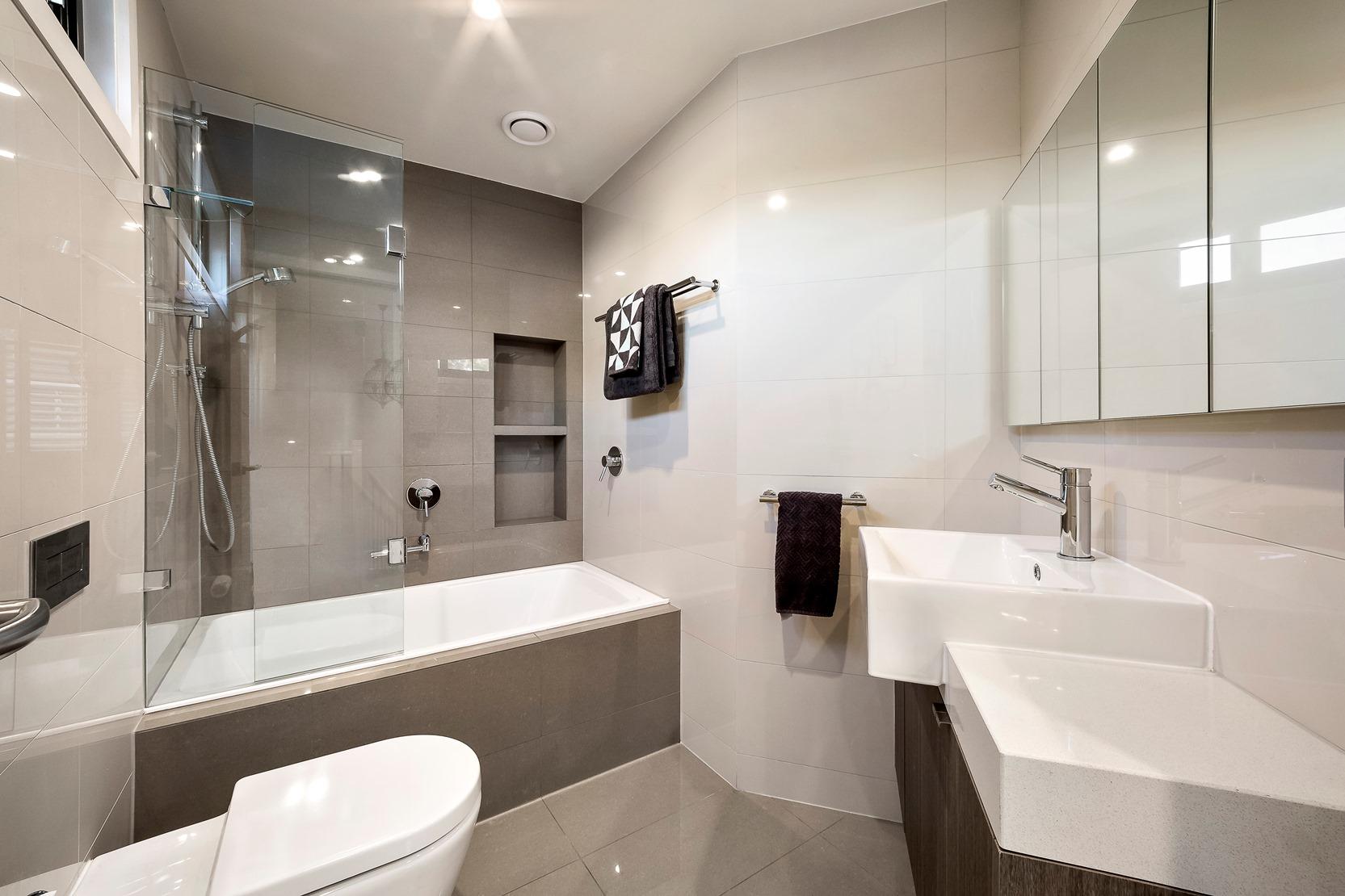 Kew House Design Bathroom