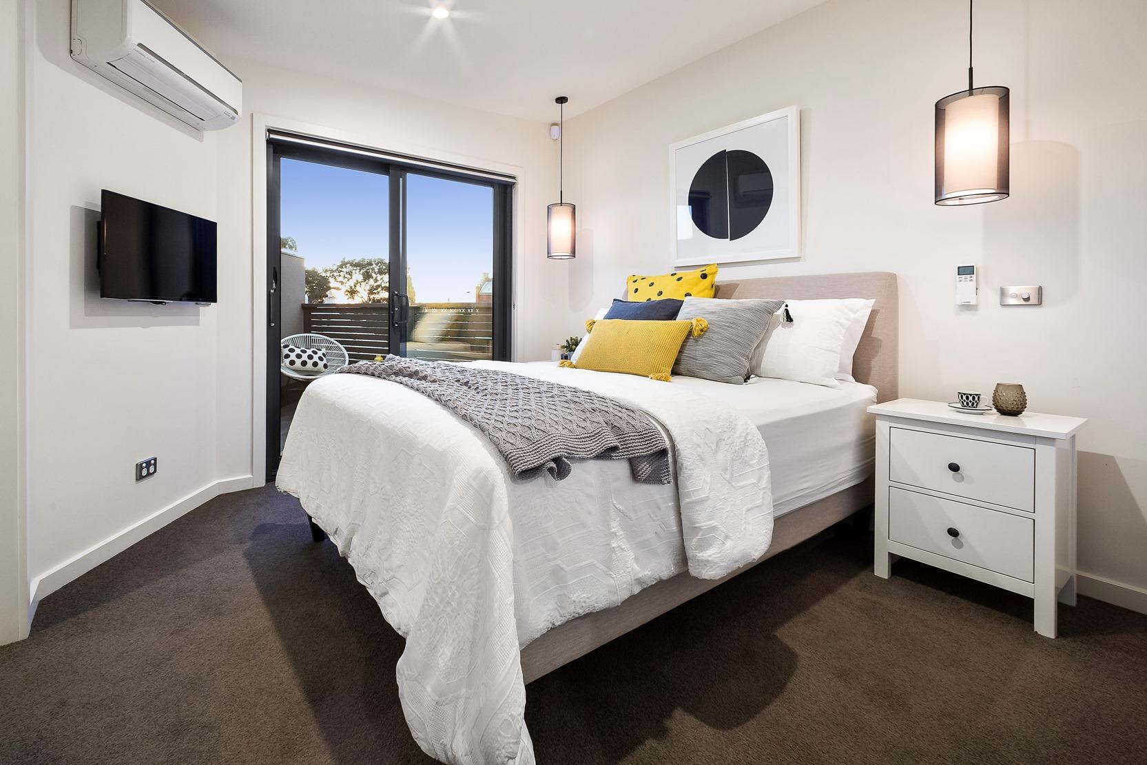Kew House Design Master Bedroom Carpet White